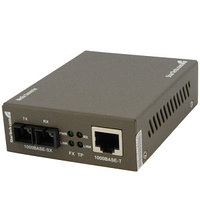 STARTECH - 1000 MBPS GIGABIT MULTI MODE FIBER ETHERNET MEDIA CONVERTER SC 550M (MCMGBSC055). NEW FACTORY SEALED.