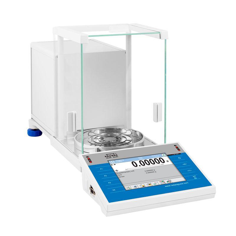 Лабораторные аналитические весы XA 82/220.4Y