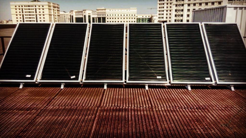Спортивный зал - 30 коллекторов на плоской крыше