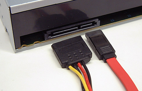 Установка дисковода на компьютер