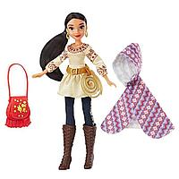 Кукла Елена в наряде для приключений