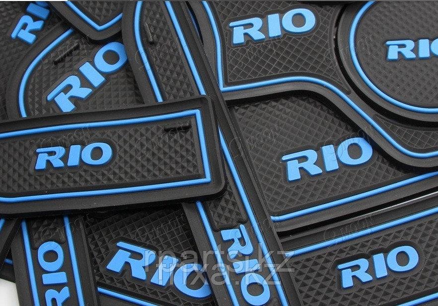 Резиновые коврики по консоли Kia Rio / Киа Рио