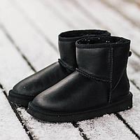 Угги UGG Classic Leather Low Black