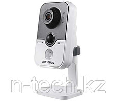 Hikvision DS-2CD2442FWD-IW (2,8), (4 мм) IP кубическая видеокамера 4 МП, WI-FI