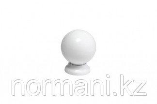 Ручка-кнопка, отделка белый глянец