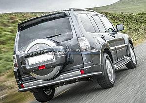 Защита заднего бампера d76 Mitsubishi Pajero IV 2011-2014