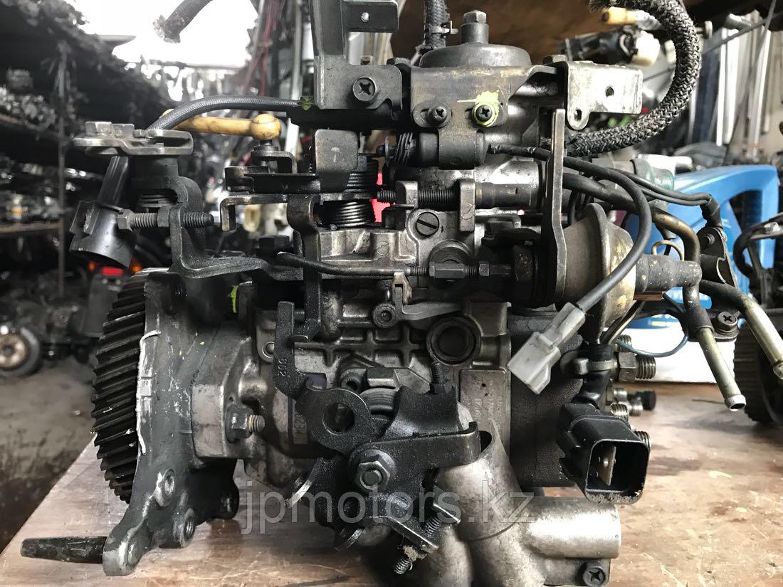Топливный насос высокого давления Mitsubishi Pajero