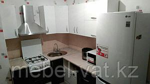Кухонный гарнитур  в двух тонах