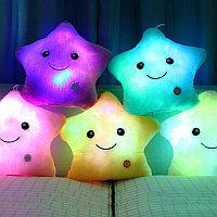 Светящаяся подушка в виде звезды