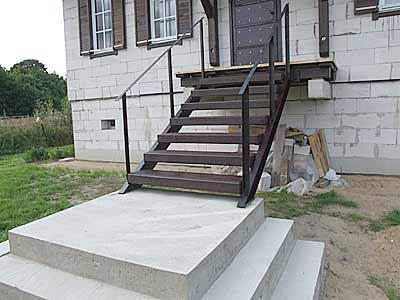 Лестница под крыльцо