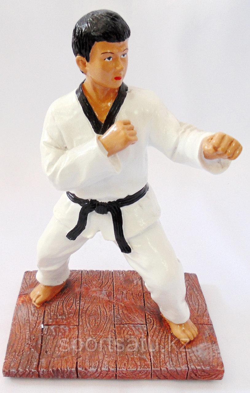 Сувенир кубок для карате