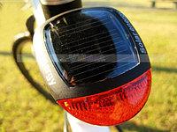 Задний фонарь на солнечной батарее
