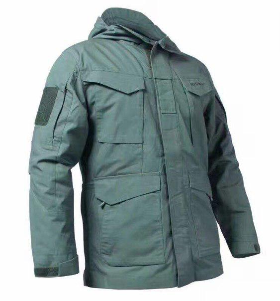 "Куртка демисезонная, в стиле ""милитари""."