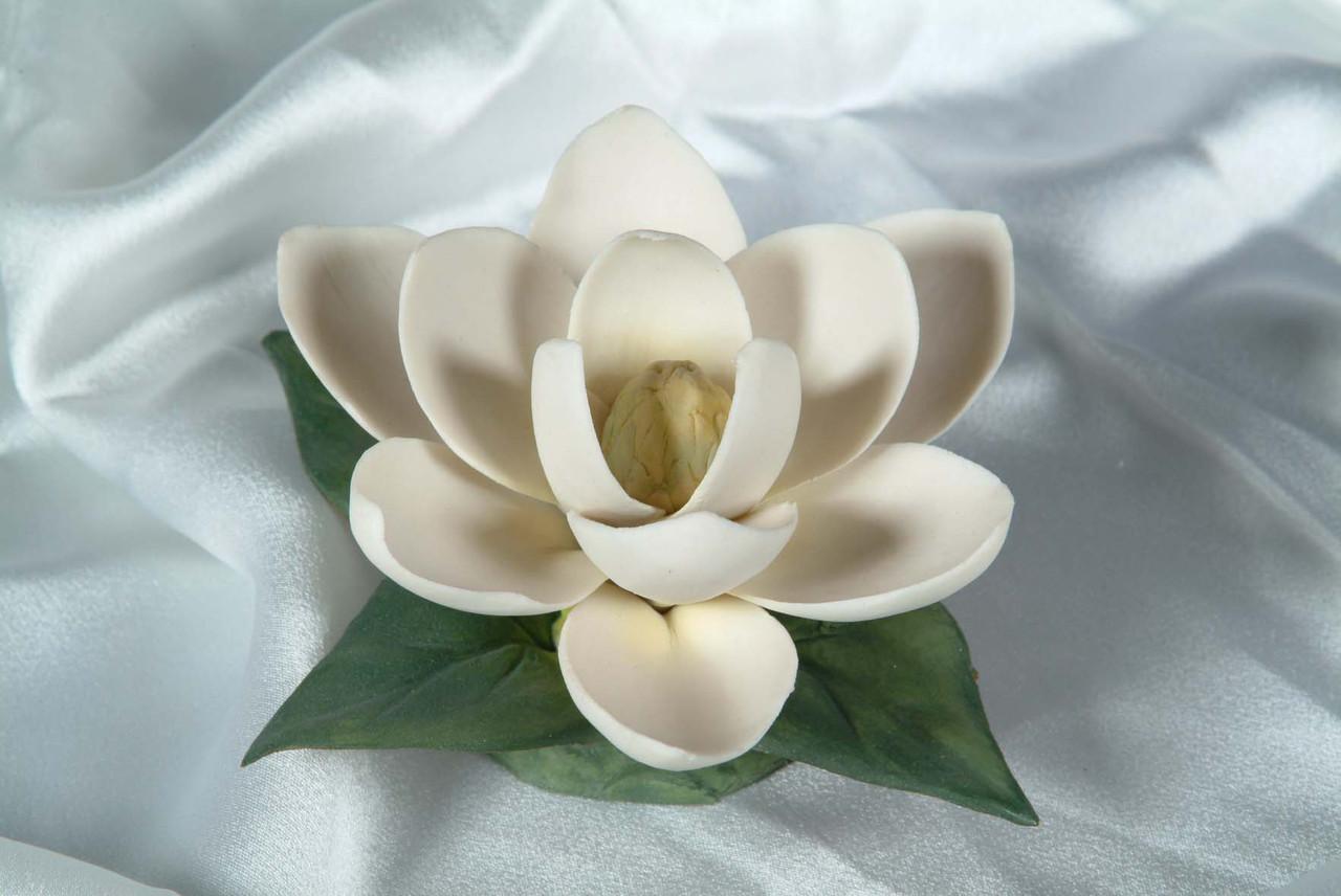 Фарфоровый цветок Магнолия. Италия. Ручная работа
