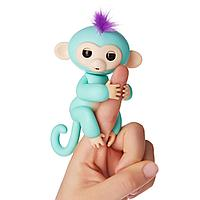 Игрушка FINGERLINGS happy MONKEY