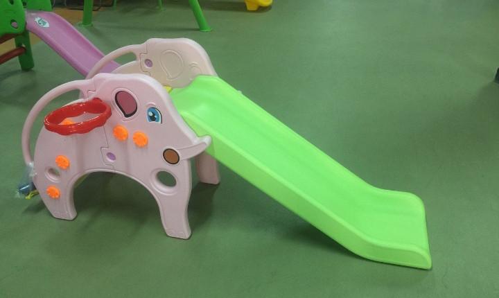 Детская пластиковая горка
