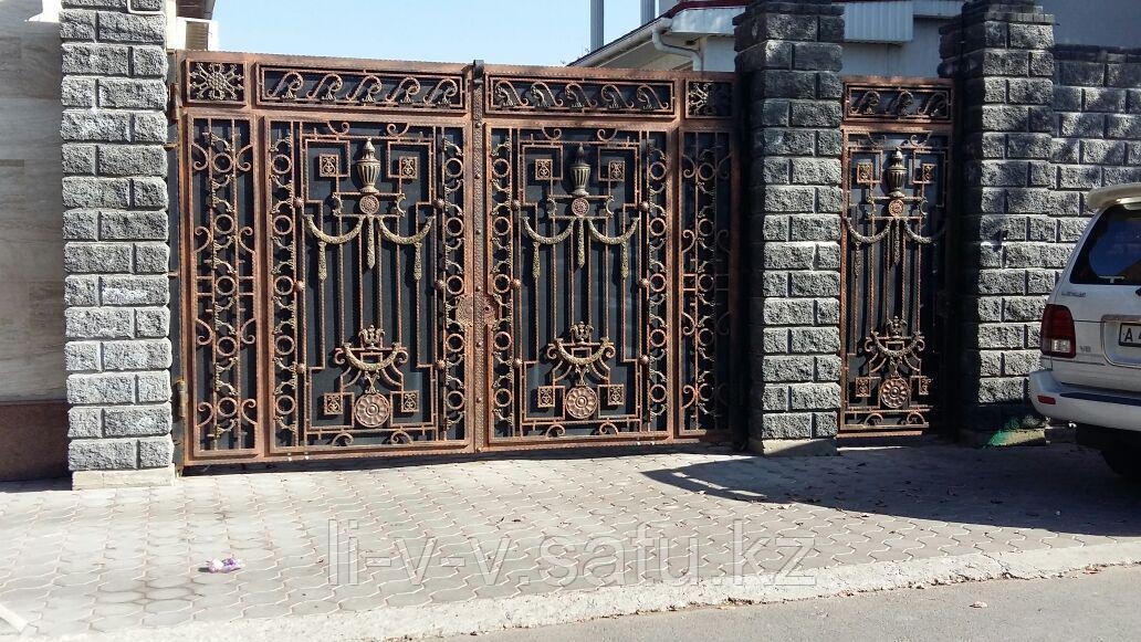 Ворота из иранского материала