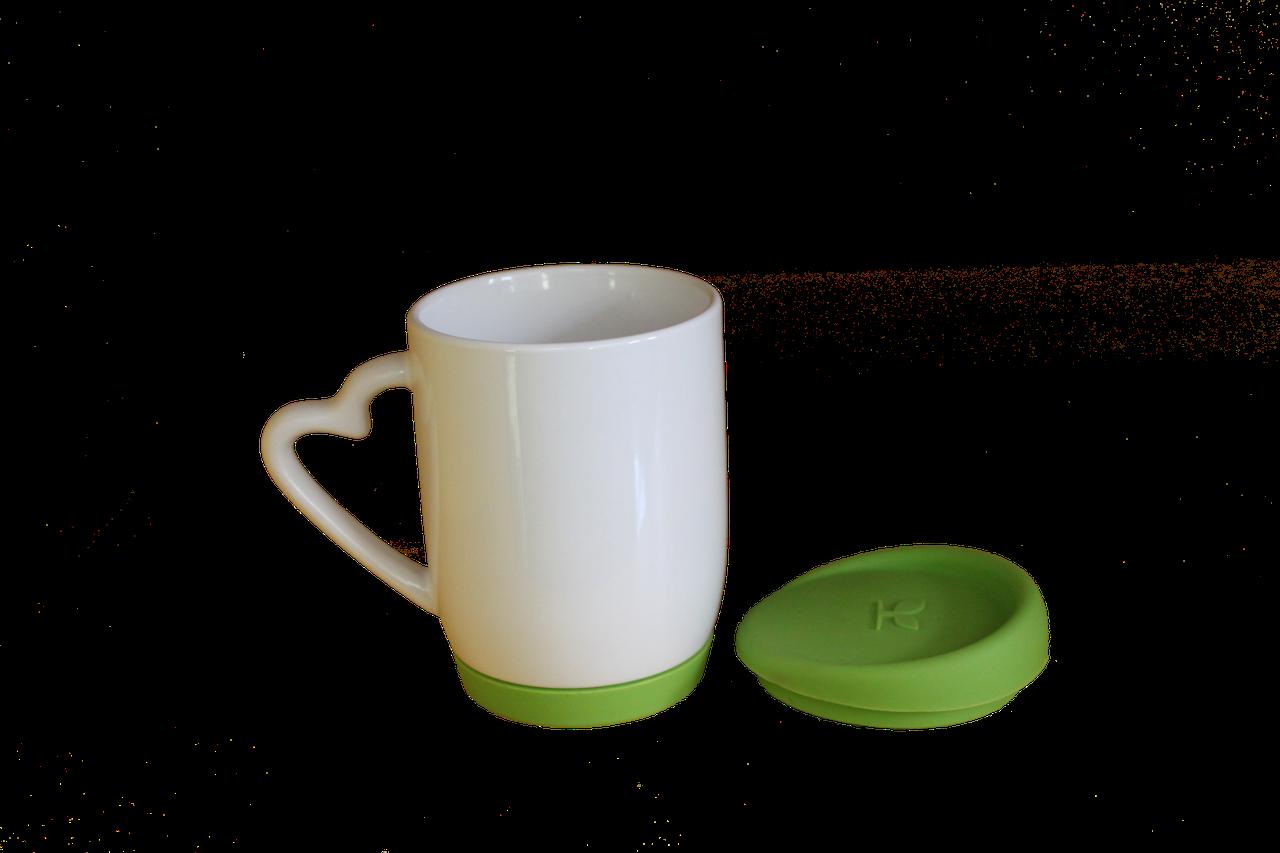 Кружка белая с силиконовой крышкой и дном салатовая