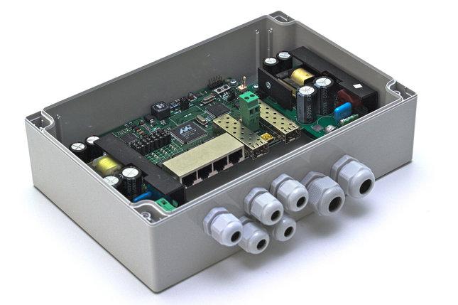 Коммутатор TFortis PSW-2G 4F управляемый, фото 2