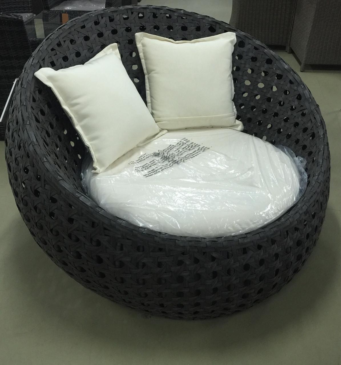 Набор мебели, кресло из искусственного ротанга