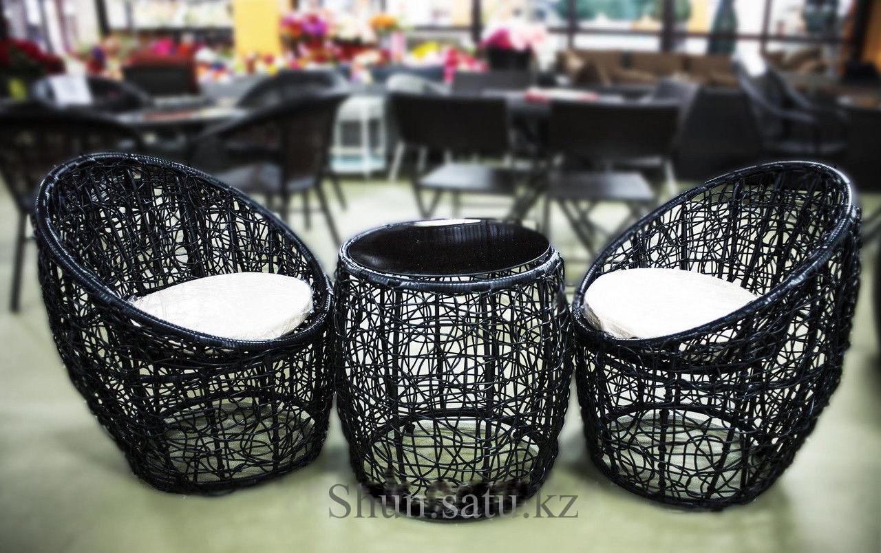 Набор мебели, ротанг. Стол + 2 кресла