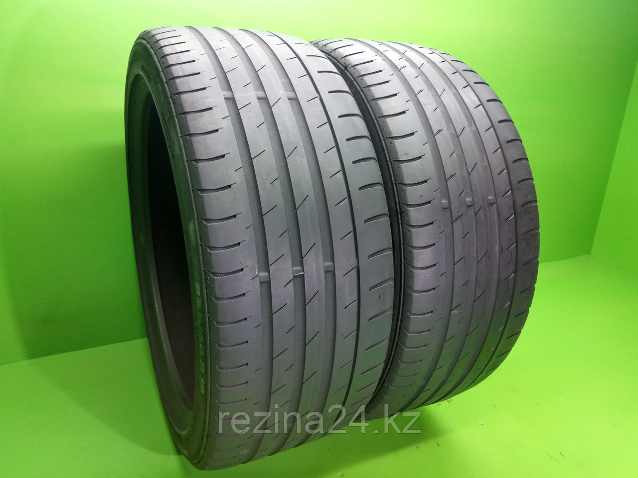 235/40 R 19 (96W) CONTINENTAL Conti Sport Contact 3 летние б/у шины