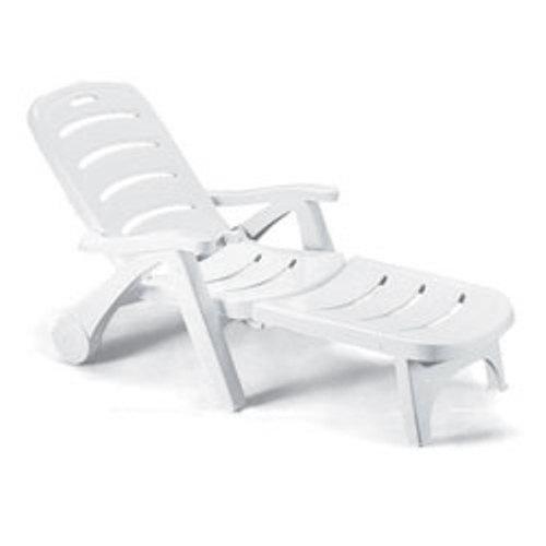 Шезлонг пластиковый трехсоставной складной  75х190 см, белый