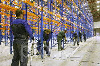 Монтаж, демонтаж стеллажей