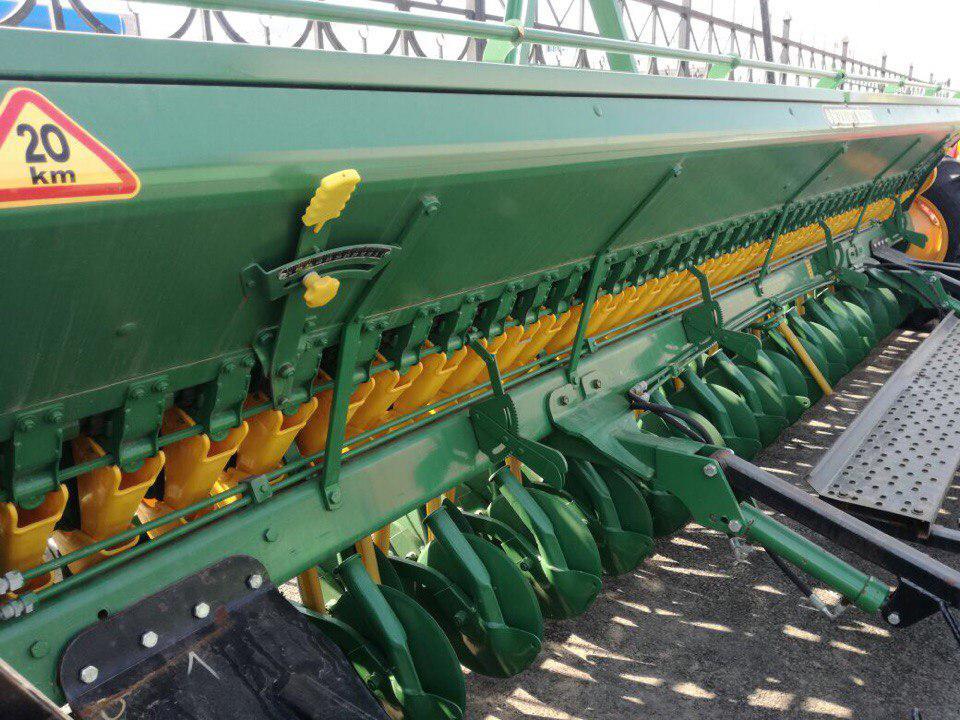 Сеялка зерновая Bozkurt 40 ряд 125мм,пальцевый загортач, транспортное устройство