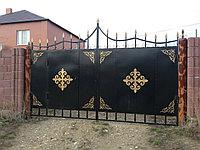 Ворота в казахскими национальными узорами, фото 1