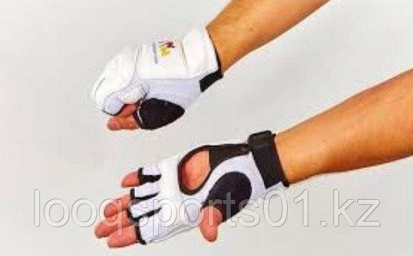 Перчатки для таэквондо (тхэквондо) WTF