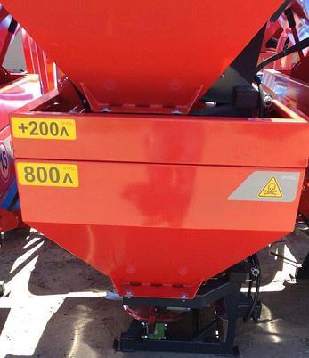 Разбрасывательминеральных удобрений1000 литров D-POL, фото 2