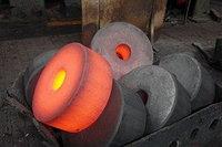 Поковка стальная 100-3500 мм нержавеющая 38х2мюа и мн. др.