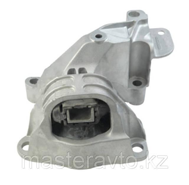 Опора двигателя правая Renault Logan/Sandero/Duster 2010> (NEW)