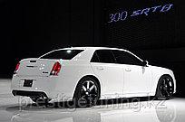 Обвес SRT на Chrysler 300C