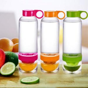 Бутылка Citrus Zinger с соковыжималкой