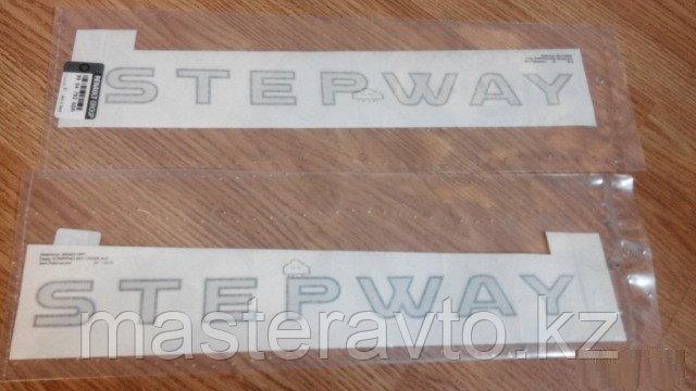 Наклейка декоративная на дверь RH Renault Sandero STEPWAY 2010>(NEW)