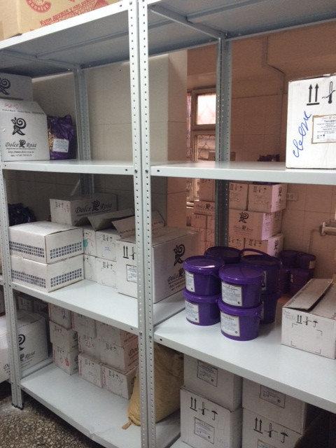 Использование стеллажей для складского помещения -1