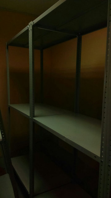 Теле 2, стеллажи металлические 55