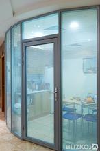 Двери алюминиевые офисные двойной витраж с доставкой и установкой
