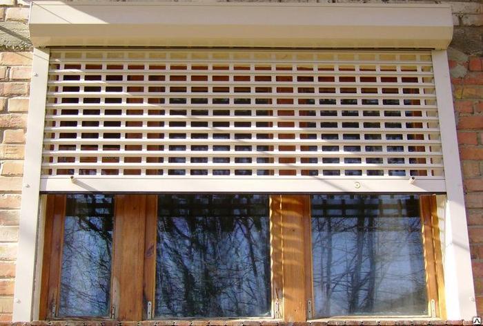 Рулонные решетки  (роллетные решетки для магазинов и ТК), фото 2