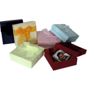 Коробочки подарочные (голубая,бордо,т.синяя,желтая,салатовая)
