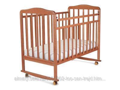 Манеж кровать Митенька Орех(160117)колеса-качалка,цвет орех