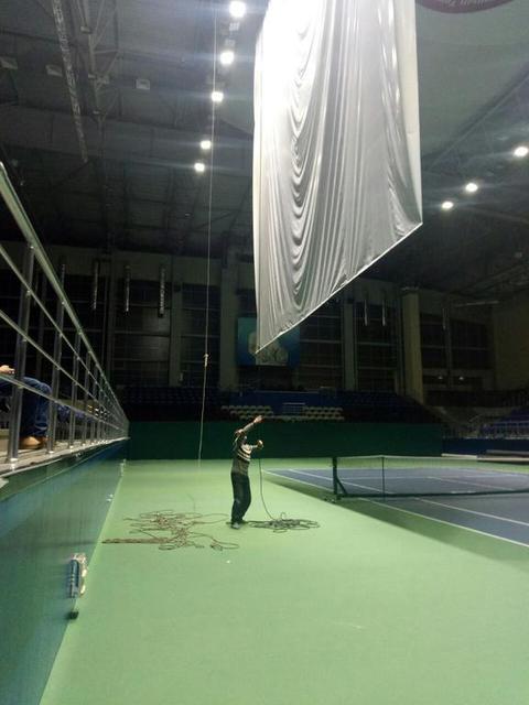 Монтаж рекламных конструкций в теннисном корте / 2018 год 12
