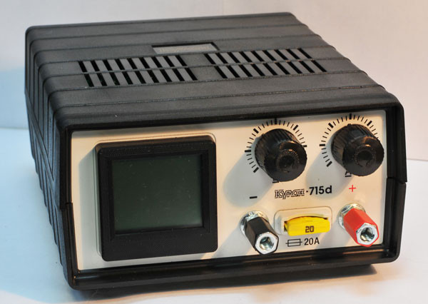 Зарядное устройство для АКБ (6/12В, 5А, до 65 АЗУ