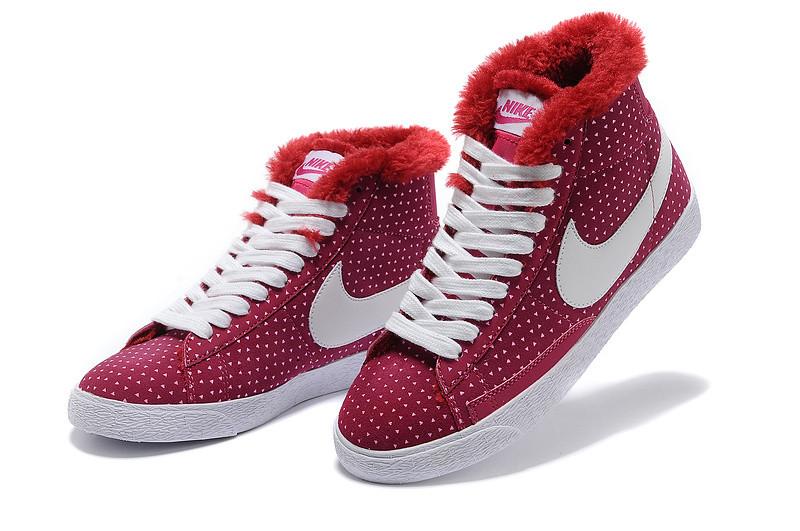 зимние кроссовки женские Nike Air Max бордовые