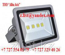 Уличный светодиодный прожектор 200 W