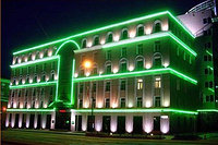 Освещение зданий, фасадов зданий светодиодной лентой