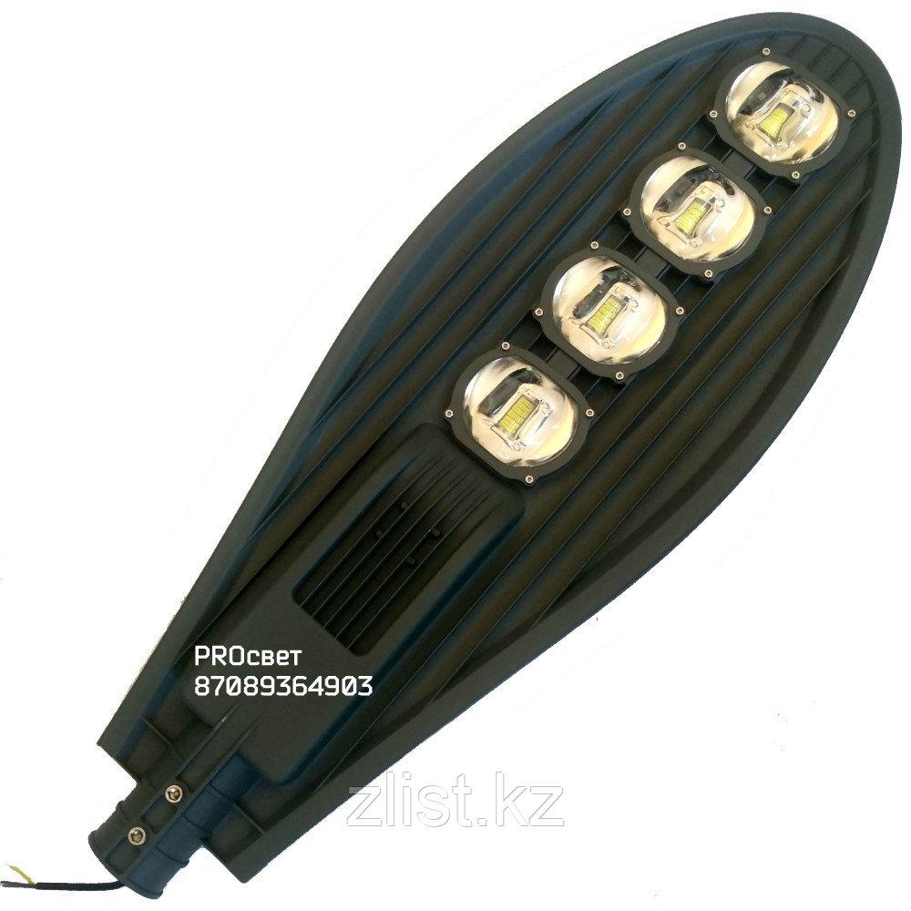 Консольный светильник LED 200W 6400К 18000lm с линзой