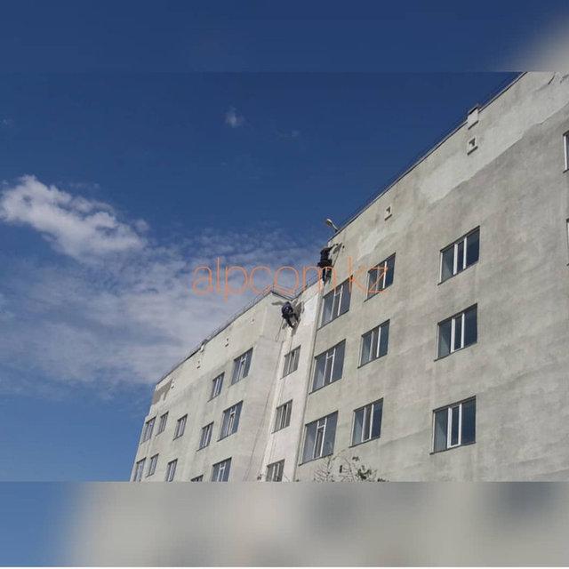 Покраска фасада общежития КазГЮУ / 2018 год -1